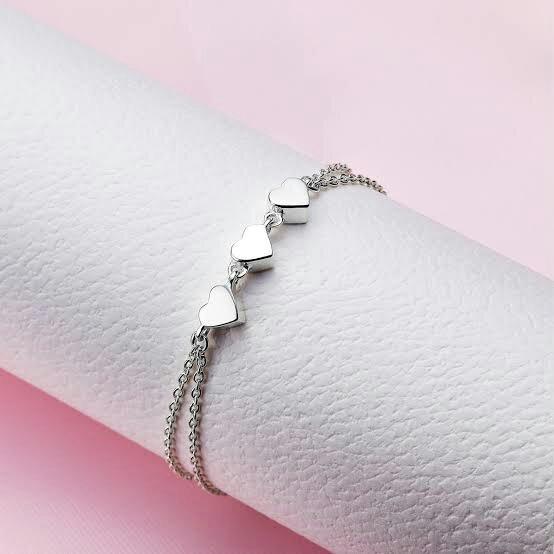 A minimalistic chained charm bracelet.